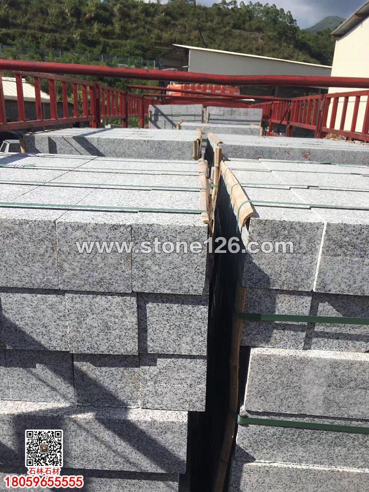 芝麻灰路缘石立缘石灰色石材G655花岗岩