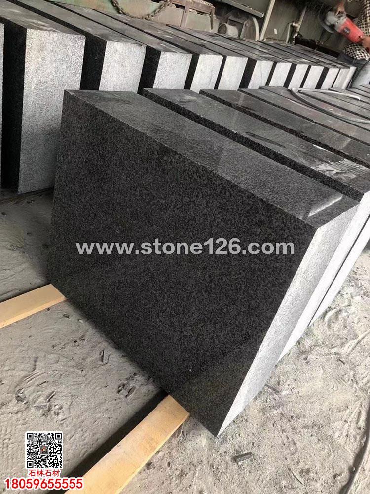 中国小蓝宝石材墓碑料-新654芝麻黑墓碑套墓-墓碑石压顶石